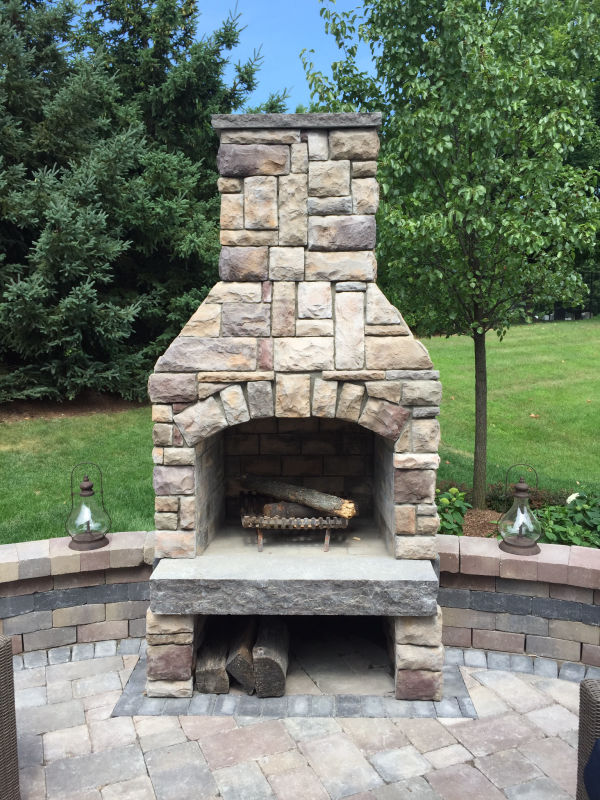 stone outdoor fireplace contractor
