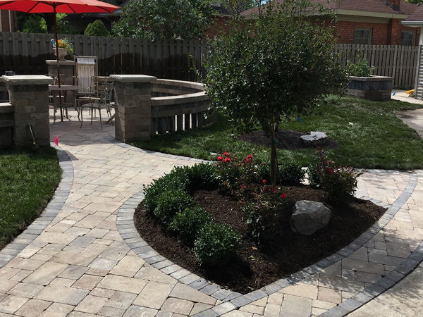 Paver Patio and walkway installation - Detroit Michigan