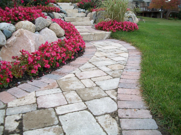 retaining wall, plantings and brick paver installation