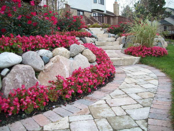 stone paver walkway and and retaining wall michigan